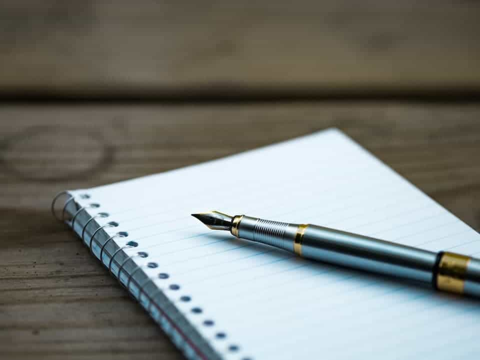 5 Reasons You Should Write Down What You Spend