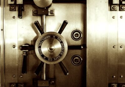 What is The Infinite Banking Concept? And What Are The Pros and Cons?